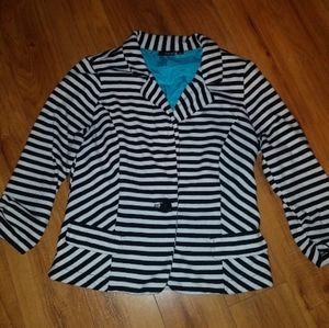 Super cute Striped cotton blazier